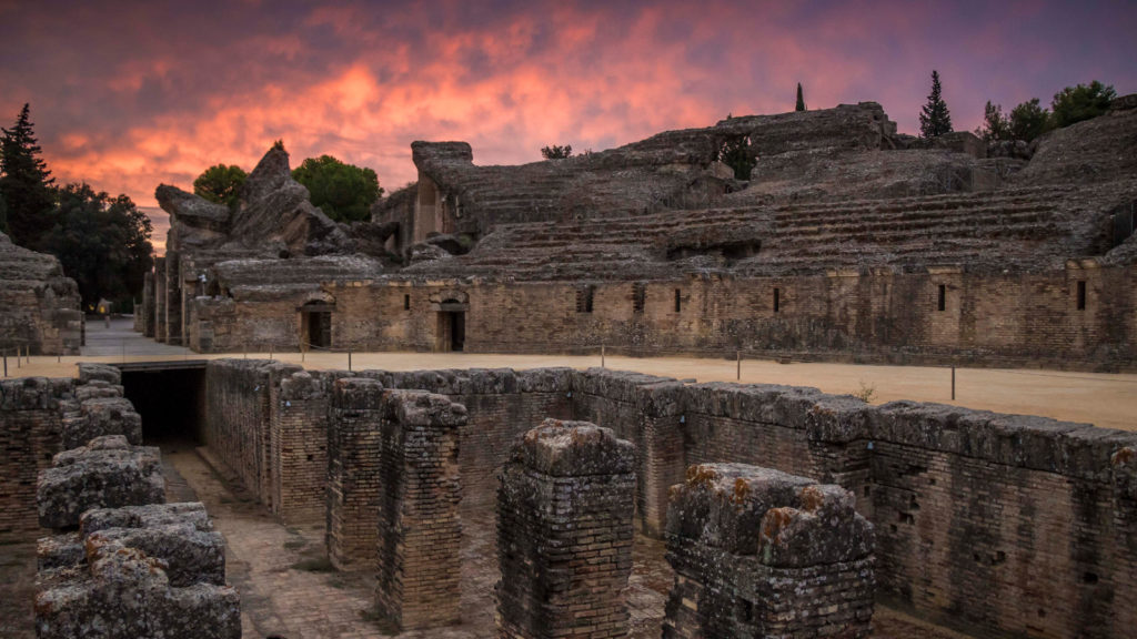 turismo y arqueologia en italica