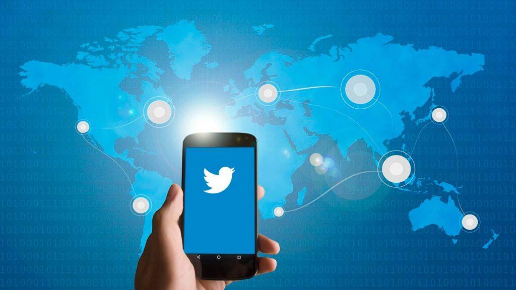 Cómo twittear en turismo