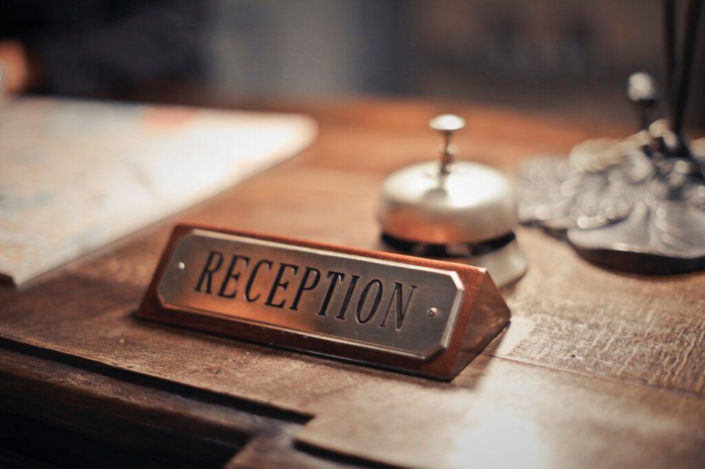 mejorar como recepcionista